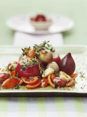 Stewed Red Onions with Tomatoes and Thyme by Luzia Ellert