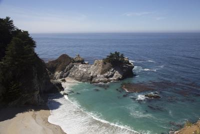 California Scenic by Lynn M. Stone