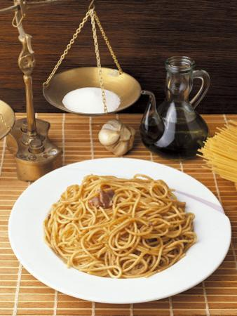 Close-Up of a Plate of Spaghetti with Anchovy Sauce