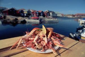 Seafood from Smogen Island by Macduff Everton