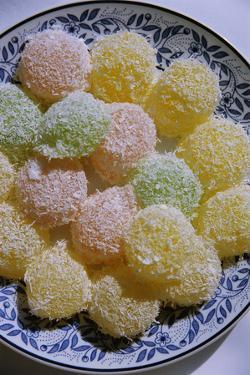 Thai Dessert by Macduff Everton