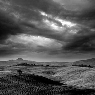 Pienza by Maciej Duczynski