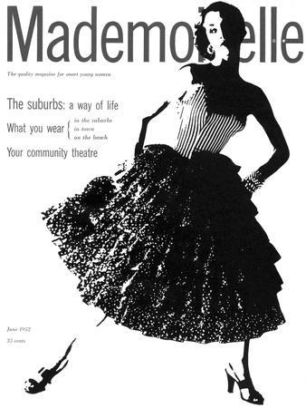 https://imgc.allpostersimages.com/img/posters/mademoiselle-cover-june-1952_u-L-PEQYTE0.jpg?p=0
