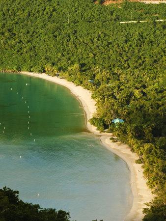 https://imgc.allpostersimages.com/img/posters/magens-bay-beach-st-thomas-united-states-virgin-islands-caribbean_u-L-P91XXR0.jpg?artPerspective=n