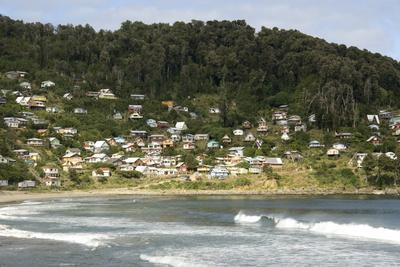 https://imgc.allpostersimages.com/img/posters/maicolpue-osorno-pacific-coast-of-lakes-district-southern-chile-south-america_u-L-PQ8OSB0.jpg?p=0