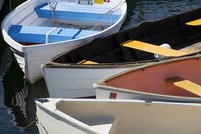 https://imgc.allpostersimages.com/img/posters/maine-rockland-colorful-row-boats-in-rockland-marina_u-L-PXRSW40.jpg?p=0