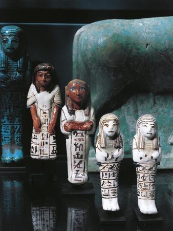 https://imgc.allpostersimages.com/img/posters/majolica-statues-of-funerary-servants-of-vizier-paser_u-L-POPSL90.jpg?p=0
