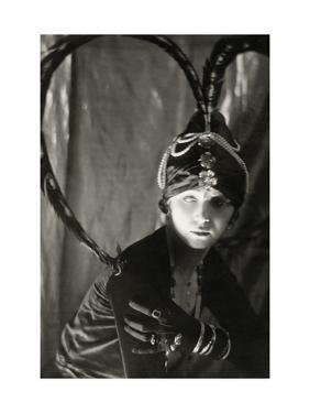 Vanity Fair - September 1919 by Malcolm Arbuthnot
