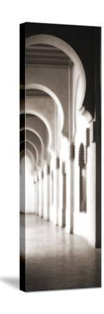 The Riad - Arches