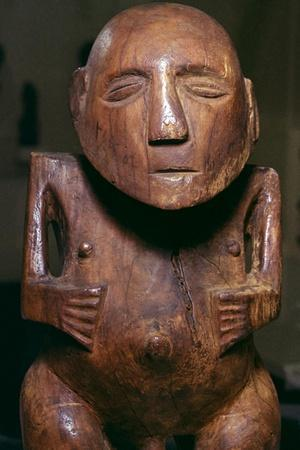 https://imgc.allpostersimages.com/img/posters/male-figure-ti-i-made-of-thespesia-wood-from-the-society-islands-in-tahiti-19th-century_u-L-Q1EERMX0.jpg?artPerspective=n
