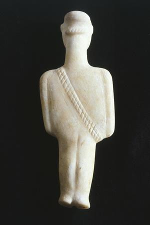https://imgc.allpostersimages.com/img/posters/male-figure-with-bandoleer-statue-from-syros-greece-back-cycladic-culture_u-L-POPRHT0.jpg?p=0
