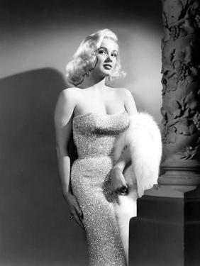 Mamie Van Doren- 1950s (b/w photo)