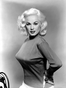 Mamie Van Doren- 1955 (b/w photo)