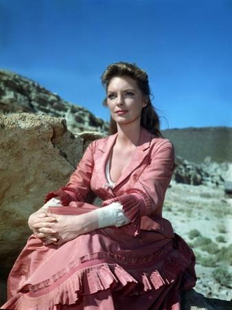 MAN OF THE WEST, 1958 directed by ANTHONY MANN Julie London (photo)