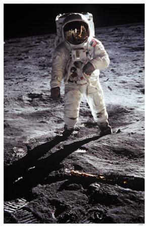 https://imgc.allpostersimages.com/img/posters/man-on-the-moon_u-L-F4VBFJ0.jpg?artPerspective=n
