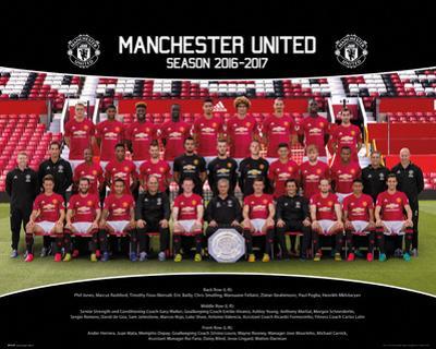 Manchester United- Team Photo 16/17