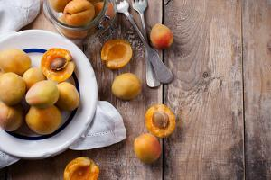 Rustic Still Life with Apricots by manera
