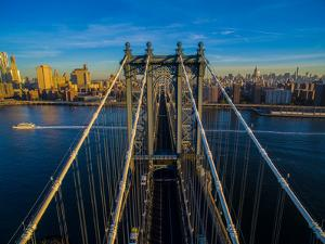Manhattan Bridge at dawn, New York City, New York State, USA