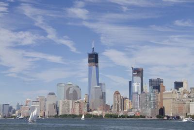 https://imgc.allpostersimages.com/img/posters/manhattan-city-skyline-new-york-new-york-usa_u-L-PN6XCF0.jpg?p=0