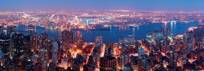 https://imgc.allpostersimages.com/img/posters/manhattan-skyline-aerial-view-panorama-with-brooklyn-and-hudson-east-river-new-york_u-L-F5BD750.jpg?p=0