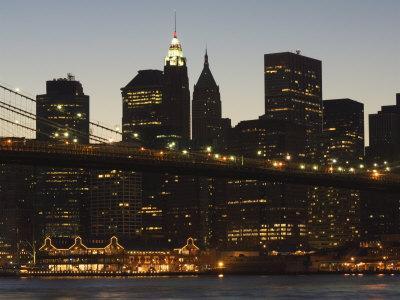 https://imgc.allpostersimages.com/img/posters/manhattan-skyline-and-brooklyn-bridge-at-dusk-new-york-city-new-york-usa_u-L-P1KCMZ0.jpg?p=0