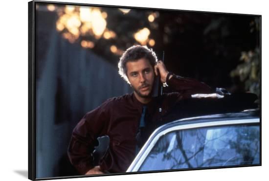MANHUNTER, 1986 directed by MICHAEL MANN William Petersen (photo)--Framed Photo
