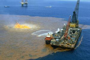 Manned Rig in Oil Spilled Waters