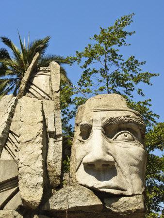 https://imgc.allpostersimages.com/img/posters/maphuce-statue-plaza-de-armas-santiago-chile-south-america_u-L-P91XYN0.jpg?p=0