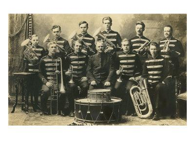 https://imgc.allpostersimages.com/img/posters/marching-band-photo_u-L-P6LNYW0.jpg?p=0