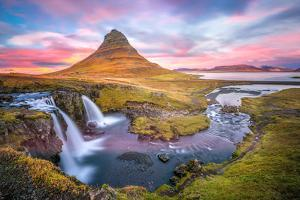 Kirkjufell autumn colors, Iceland by Marco Carmassi