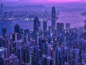 Vctoria Peak Hong Kong by Marco Carmassi