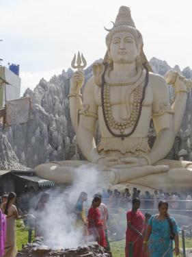 Shiva Mandir Temple, Bengaluru, Karnataka State, India by Marco Cristofori