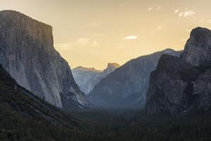 Tunnel View Yosemite National Park, California by Marco Isler