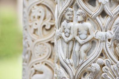 Cloister columns detail, Cathedral of Monreale, Monreale, Palermo, Sicily, Italy, Europe