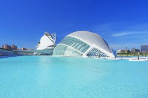 L'Hemisferic and Reina Sofia Arts Palace, City of Arts and Sciences, Valencia, Spain by Marco Simoni