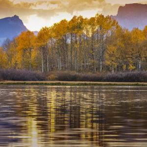 Oxbow bend at sunset, Grand Tetons National Park, Wyoming, USA by Maresa Pryor