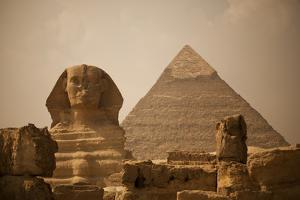 Sphinx and Great Pyramid by Marianne Williams