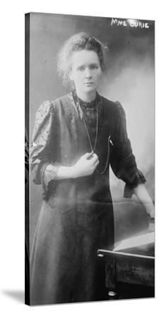 Marie Curie, 1910