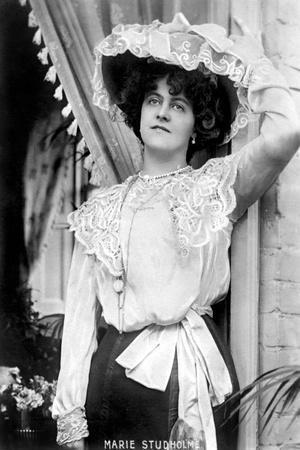 https://imgc.allpostersimages.com/img/posters/marie-studholme-1875-193-english-actress-1900s_u-L-PTTKCF0.jpg?p=0