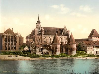 https://imgc.allpostersimages.com/img/posters/marienburg-west-side-prussia-germany-c-1900_u-L-PRO5ZD0.jpg?p=0