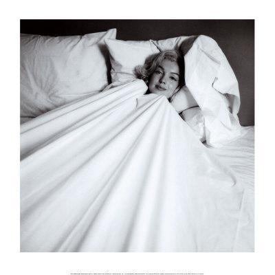 https://imgc.allpostersimages.com/img/posters/marilyn-in-bed_u-L-E82AF0.jpg?p=0
