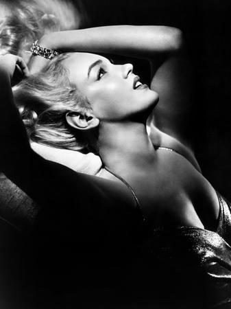 https://imgc.allpostersimages.com/img/posters/marilyn-monroe-early-1950s_u-L-P6SLJC0.jpg?p=0