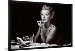 Marilyn Monroe (in the mirror)