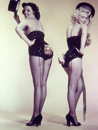 https://imgc.allpostersimages.com/img/posters/marilyn-monroe-jane-russell-gentlemen-prefer-blondes-1953-directed-by-howard-hawks_u-L-Q10T5Y30.jpg?artPerspective=n