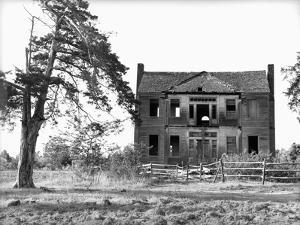 Abandoned Plantation Home by Marion Post Wolcott