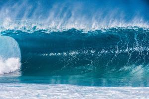 A wave at the famous Banzai Pipeline, North Shore, Oahu, Hawaii by Mark A Johnson