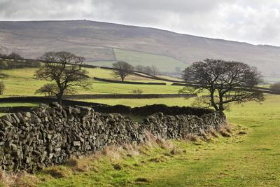Beamsley Beacon from Storiths, North Yorkshire, Yorkshire, England, United Kingdom, Europe