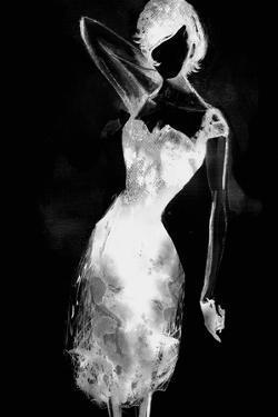 Fashionista - Noir by Mark Chandon