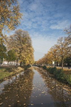 The Singel (Canal) by Mark Doherty