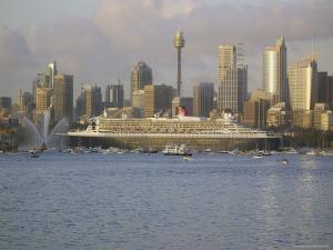 Queen Mary 2 on Maiden Voyage Arriving in Sydney Harbour, New South Wales, Australia by Mark Mawson